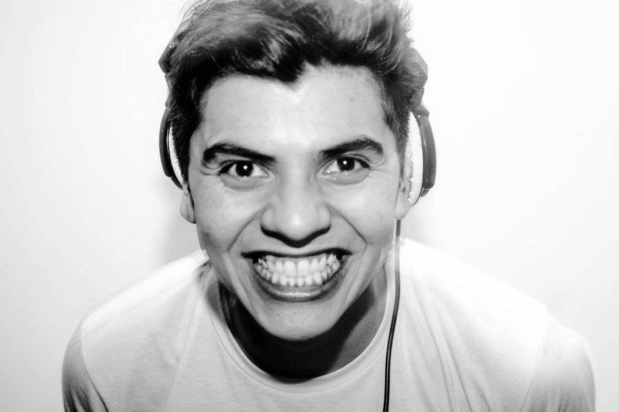 Brazilian Funk Master Santi Requelme