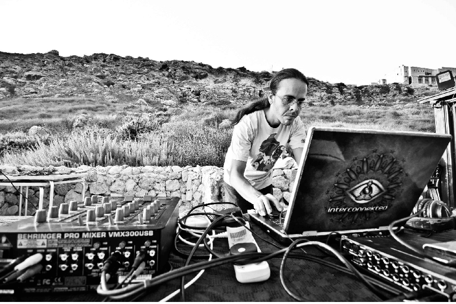 Interconnekted, psy-trance DJ & producer