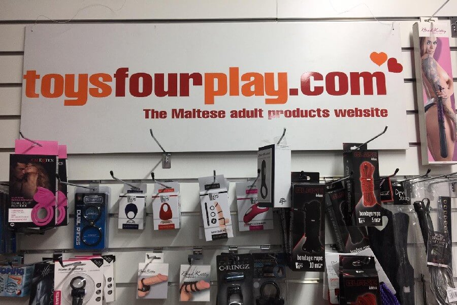 toysfourplay.com